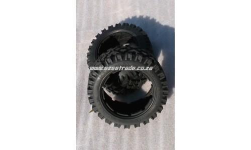 MadMax Over Lander 5B - Front Tyres